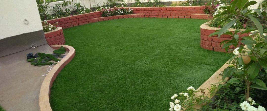 Swargate-Artificial-grass-installation-e1537204681424